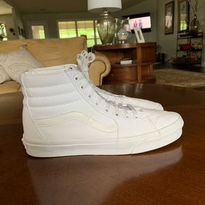 All White Hightop Vans, (GREAT CONDITION)size 11.5